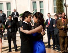 Танец Елены и Дэймона