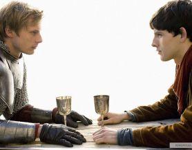 На фото принц Артур и маг Мерлин